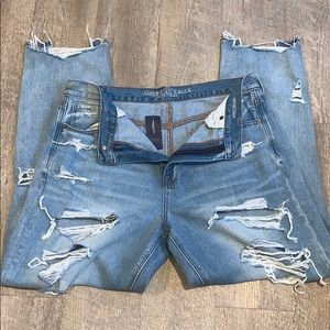 American Eagle Modern Distressed Jeans